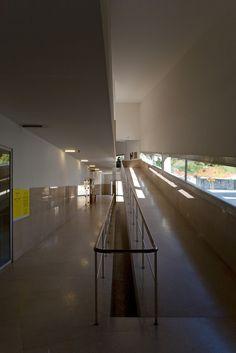 Galeria de Faculdade de Arquitectura da Universidade do Porto pelas lentes de Fernando Guerra - 15
