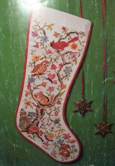Vintage CROSS STITCH CHRISTMAS STOCKING Pattern Book
