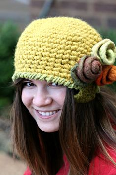 The Agnes Cloche hat pattern with Rose and leaf by ficklefiberdiva, $5.00