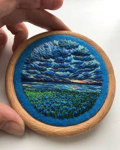 Russian artist Vera Shimunia creates colorful embroidery designs that look like pieces of landscape art. Using various embroidery stitches, each embroidery Crewel embroidery a practical guide crewelembroidery salvabrani Billowing Cl Crewel Embroidery Kits, Learn Embroidery, Japanese Embroidery, Hand Embroidery Patterns, Ribbon Embroidery, Cross Stitch Embroidery, Machine Embroidery, Embroidery Supplies, Embroidery Needles
