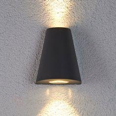 Dobbelt lysende Aleyna utendørs LED lampe