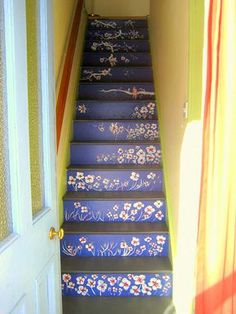 Adorable Beautiful Color Ideas For Your Stairs Decoration. Painted Staircases, Curved Staircase, Painted Stairs, Painted Floors, Staircase Design, Staircase Painting, Flooring For Stairs, Basement Stairs, House Stairs
