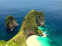 Nusa Penida is famous for diving areas including Penida Bay, Manta Point, Batu Maling / Meling Stone, Batu Lumbung / Lumbung Stone, Batu Abah/ Abah Stone, Malibu Point and Toya Pakeh. Besides famous for its underwater activity or diving sport in Penida island its natural beauty and rare cultural highlights so it will be worth to visit.