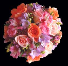 pink peach mauve lavender wedding flowers bridal bouquet @Ali Velez Johnson LOVEEEE this (but you know I'm obsessed with coral :)