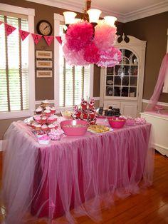 שולחן יום הולדת בנות