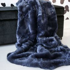 Navy Blue Faux Fur Throw | Luxury Fur Blaket