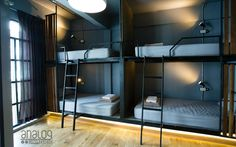 Analog Hostel in Bangkok Thailand Find Cheap Hostels and Rooms at Hostelworld Small Room Bedroom, Small Rooms, Small Spaces, Bunk Bed Rooms, Bunk Beds Built In, Condo Interior Design, Modern Bedroom Design, Bunk Bed Designs, Hostel