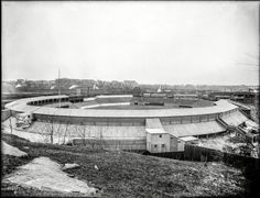 "New York, 1909. ""Polo Grounds, view from Coogan's Bluff (baseball)."" 8x10 glass negative, George Grantham Bain Collection"