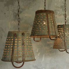 48 Amazing Rustic Chandelier Decor Ideas For Your Living Room - Trendehouse Farmhouse Lighting, Rustic Lighting, Vintage Lighting, Home Lighting, Farmhouse Decor, Lighting Ideas, Kitchen Lighting, Lighting Design, Rustic Chandelier