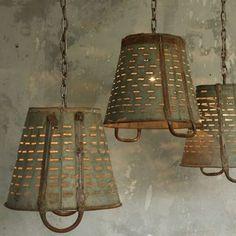 45+ Beautiful Rustic Chandelier Decor Ideas For Your Living Room #decoratingideas #decorations #decoratinghomecheap