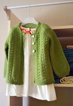 DIY sunday baby sweater - Free Pattern
