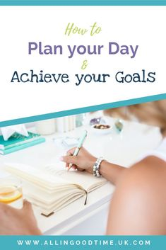 Discover how to plan your day to achieve your goals. Organise your day effectively for maximum productivity so that you get things done. Planning And Organizing, Planning Your Day, Achieving Goals, Achieve Your Goals, Time Management Tools, Mental Health And Wellbeing, How To Stop Procrastinating, Getting Things Done, Problem Solving