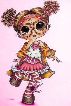 Fillette aux cheveux bouclés bruns, avec de grands yeux bruns et portant des grandes lunettes, vêtue d'une jupe rose et d'une camisole assortie, ainsi que de bas rayés. Manteau orangé, bandeau rouge à pois blancs; fond rose.