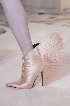 Balmain Paris at Couture Spring 2019 - Details Runway Photos High Fashion, Fashion Shoes, Womens Fashion, Balmain Paris, Short Boots, Heeled Mules, High Heels, Spring, How To Wear