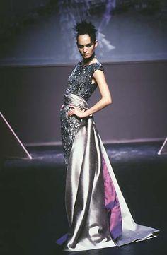 Valentino: Haute Couture Automne 1997