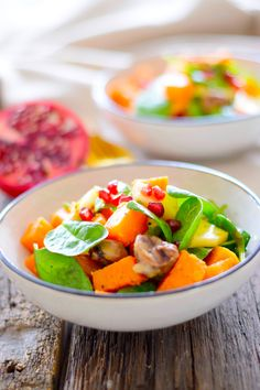 Today I have a great recipe for this delicious and colourful salad for you. It contains roasted sweet potatoes and butternut squash, pomegranate seeds, apple, baby spinach and chestnuts and tastes just like fall. Chestnuts are one of my absolut favourite ingredients to use during the fall and winter season and I love cooking or baking with them. I especially love munching them as a roasted and healthy snack. They're the only reason I like to go to any christmas market in Germany so I can…