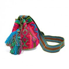 Guanábana Multicolored Wayuu Bag Modern Furniture, Textiles, Tapestry, Embroidery, Sewing, Crochet, Projects, How To Wear, Bags