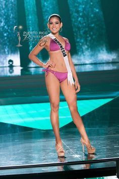 MISS UNIVERSE 2015 :: PRELIMINARY SWIMSUIT COMPETITION | Anindya Kusuma Putri, Miss Indonesia 2015, competes on stage in Yamamay swimwear featuring footwear by Chinese Laundry during The 2015 MISS UNIVERSE® Preliminary Show at Planet Hollywood Resort & Casino Wednesday, December 16, 2015. #MissUniverse2015 #MissUniverso2015 #MissIndonesia #AnindyaKusumaPutri #PreliminaryCompetition #Swimsuit #LasVegas #Nevada