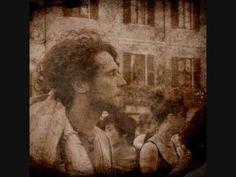 """Francesco #Guccini - La Locomotiva - Cantautore modenese che incarna lo stereotipo del cantautore """"politico"""""""