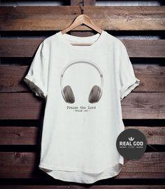 Camiseta Praise The Lord!  Peça agora mesmo!!!  Whats (11)99222-2650 E-mail: contato@realgod.com.br  Siga: facebook.com/realgodstore instagram.com/realgodstore