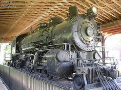 Locomotive by kawwsu29, via Flickr