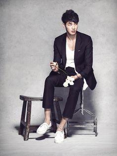 (Kim Young Kwang)