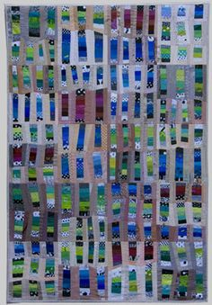 Ursula Kern - Scales in Odd Red Quilt Modern, Modern Quilting, Fiber Art Quilts, Bright Quilts, String Quilts, Jellyroll Quilts, Color Studies, Fabric Art, Textile Art