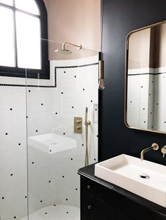 Small bathroom renovations 677299231442304252 - Sans Source by Simple Bathroom, Modern Bathroom, Master Bathroom, Bathroom Ideas, Bathroom Niche, Master Master, Bathroom Small, Bathroom Inspo, Dream Bathrooms