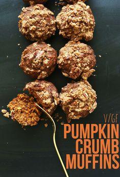 VEGAN Pumpkin Spice Muffins with a Pecan Crumble Topping! 1 Bowl, simple ingredients, naturally sweetened! #vegan #glutenfree #muffins #pumpkin #fall #dessert #recipe