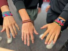 The Spanish Club at Windthorst High in Texas is hosting a fair trade pulsera sale! A Pulsera sale is the perfect service learning project for K-12 students. Global Citizenship, Hispanic Heritage Month, High School Classroom, Service Learning, American Artists, Fair Trade, Back To School, Spanish, Hand Weaving