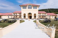 38 Best Ideas for wedding venues maryland rehearsal dinners Winery Wedding Venues, Wedding Venues In Virginia, Virginia Wineries, Inexpensive Wedding Venues, Unique Wedding Venues, Wedding Ideas, Love Photos, Cool Pictures, Rustic Country Wedding Decorations