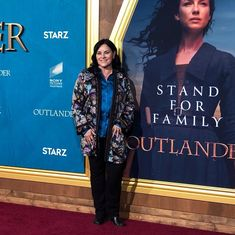 Author and writer Diana Gabaldon of Outlander, at the Outlander_Starz Season 5 Premiere - February 2020 Outlander Tv, Outlander Series, Duncan Lacroix, Laura Donnelly, Richard Rankin, The Fiery Cross, Epic Story, Caitriona Balfe, Diana Gabaldon
