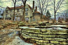 Evanston Art Center (East Façade) by phototravel1/Jim Watkins, via Flickr