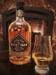 Single Malt Irish Whiskey, Oldest Whiskey, Good Whiskey, Cigars And Whiskey, Scotch Whiskey, Bourbon Whiskey, The Quiet Man, Strong Drinks, Malt Whisky