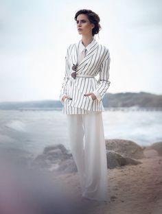 photogrepher: Martyna Gumuła model: Dominika/ D'Vision  stylist: SISstyle