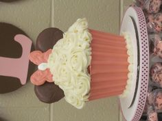 Colossal Minnie Mouse Cupcake