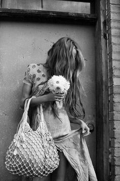 Daisy Love, You Are Awesome, About Me Blog, Pictures, Women, Style, Crochet, Happy, Black And White