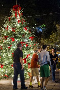 Its never to early to start planning your holiday getaway to Savannah!