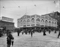 Seattle opened its public market at Pike Place in 1907 so that farmers could sell fresh eggs, dairy products, produce and other items directly to city dwellers. The Corner Market was built in 1912 across the street at the corner of First Avenue and Pike Place.