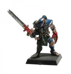 Ein Chaos Champion des Slaanesh für die Krieger des Chaos aus Metall