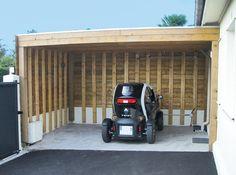 Ce lecteur de Système D a construit lui-même un carport pour protéger sa voiture des intempéries. Il raconte. Carport Garage, Pergola Carport, Shed, Construction, Outdoor Structures, Deco, Large Sheds, Building A Tiny House, Wood Post