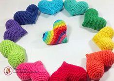 día de los enamorados, crochet Crochet Stars, Crochet Cross, Crochet Home, Love Crochet, Diy Crochet, Amigurumi Patterns, Knitting Patterns Free, Crochet Patterns, Crochet Brooch