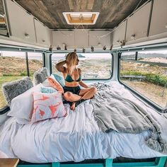 Makes living in a campervan look so comfortable! I love this interior with all of the windows! Looks like a great adventure. Makes living in a campervan look so comfortable! I love this interior with all of the windows! Looks like a great adventure. Bus Life, Camper Life, Happier Camper, Vw Camper, Glamping, Bus Living, Living In A Camper, Living On The Road, Kombi Home