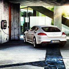 2014 Porsche Panamera S E-Hybrid #globalautosports #porsche #panamera
