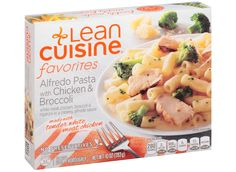 Will your favorite Lean Cuisine meals help you get leaner or larger? We rank the most popular frozen dinners according to nutrition. Broccoli Alfredo, Chicken Broccoli, Chicken Pasta, Best Frozen Meals, Lean Cuisine, Broccoli Recipes, White Meat, Food Cravings, Gourmet Recipes