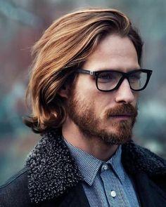 cool Männer lange Frisuren: 3 verschiedene Stile für Männer mit einer wilden Fluss