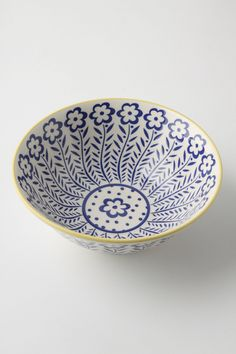 ++ atom art serving bowls - already have these and love them Pottery Painting, Ceramic Painting, Ceramic Art, Ceramic Plates, Ceramic Pottery, Pottery Art, Sgraffito, China Painting, Polish Pottery