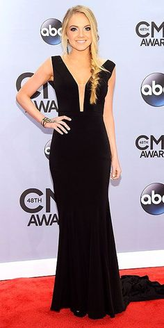 Danielle Bradbery I love how she covered the hole with nude material. Cute and conservative