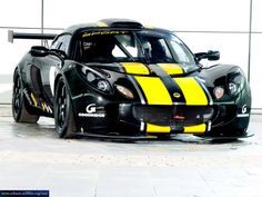 Lotus Exige... the overly tall need not apply!