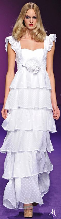 SPRING 2011 READY-TO-WEAR  Andrew Gn